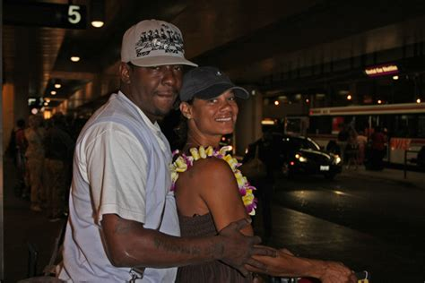Bobby Brown Dating bobby brown and etheridge arrive at lax zimbio