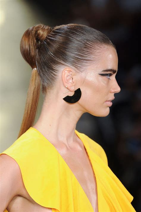 new spring hair 2015 fan earrings at cushnie et ochs best jewelry from new