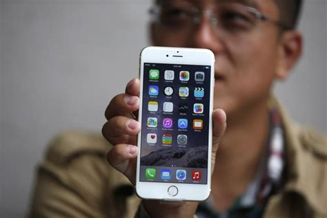 apple iphone   iphone   release date  pricing