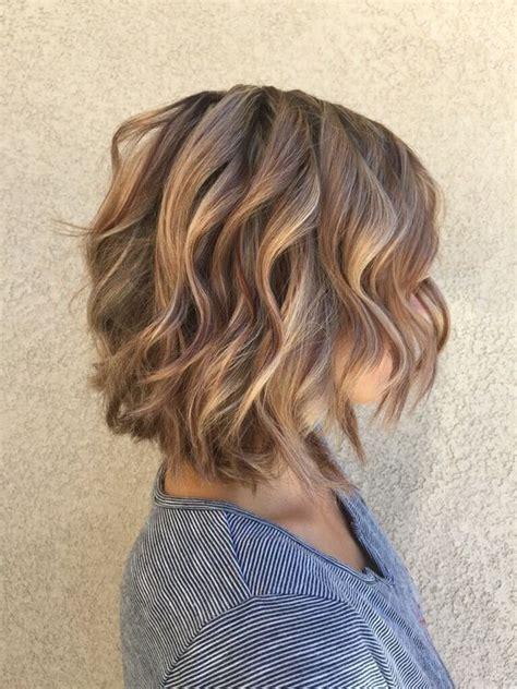 caramel lowlights in a dark brown bob 28 soft and girlish caramel hair ideas styleoholic