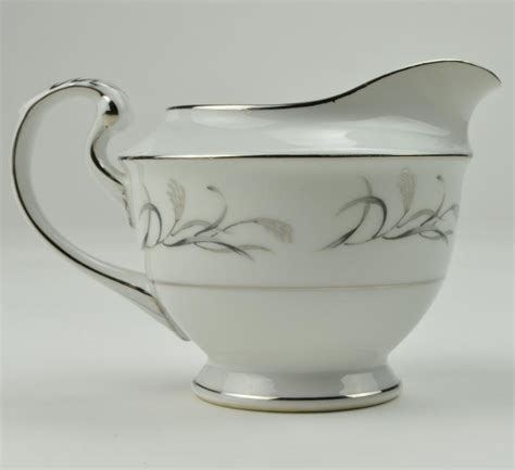 harmony house china harmony house china platinum garland creamer 3541