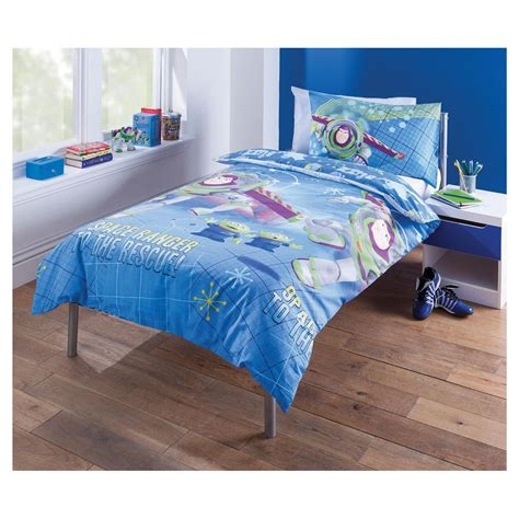buzz lightyear bedroom buzz lightyear single duvet set brand new bedding bedroom