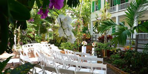 Historic Home & Tropical Gardens Weddings