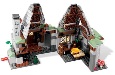 Lego Figure Murah Pesawat Ha Toys lego harry potter 4738 hagrid s hut pack set 442pcs