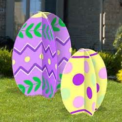 easter eggs patterns and yard on