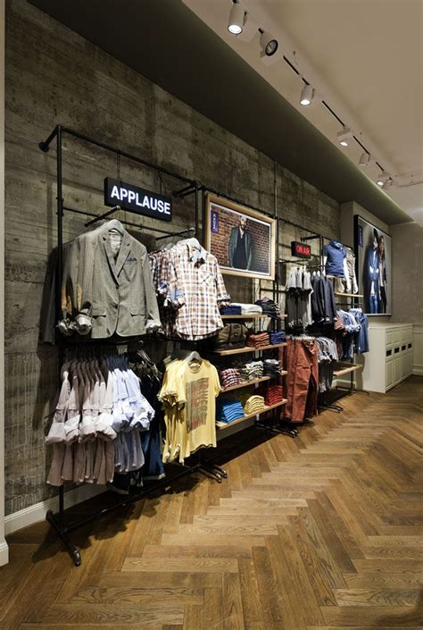 Interior Display In Visual Merchandising by 25 Best Ideas About Clothing Store Design On
