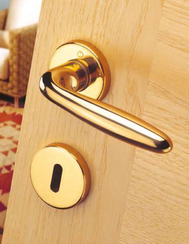 maniglie in ottone per porte interne maniglie per porte interne maniglie hoppe muralisi