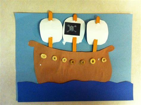 Preschool Construction Paper Crafts - handmade by cj preschool pirate projects