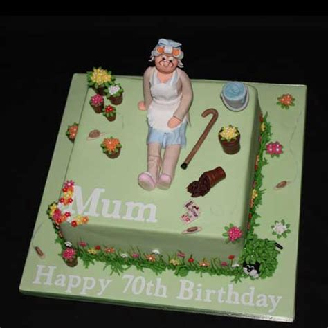 Novelty Cakes by Novelty Cakes