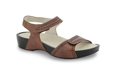propet sandals propet sandals 28 images s propet 174 grenada sandals