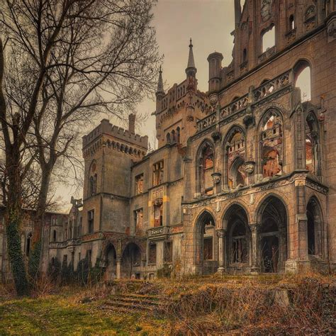 abandoned things 25 truly stunning shots of abandoned places
