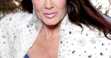 what makeup does lisa vanderpump use lisa vanderpump reveals the five beauty products she can t