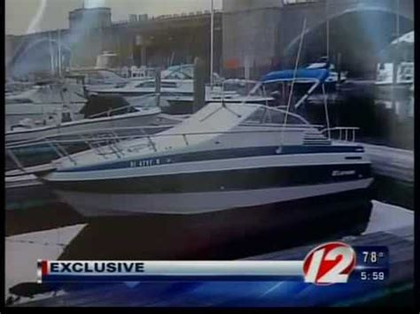fire boat sinks boat catches fire and sinks in narragansett bay youtube