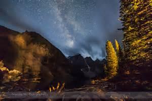 Milky way over moraine lake the amazing sky