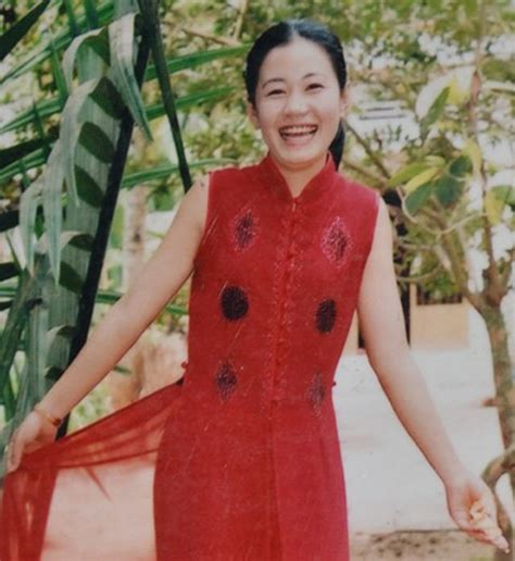 woman 50 year old viet namese 21 year old vietnamese woman turns into 70 year old lady at 26