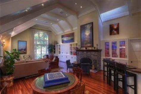 kourtney kardashian new home decor kourtney kardashians new home luxury topics luxury