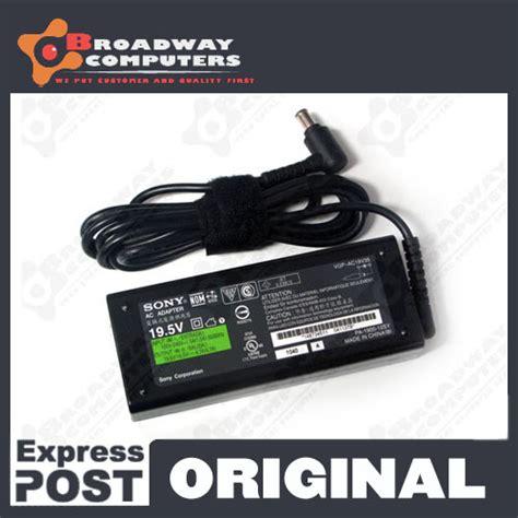 Adaptor Sony Vaio Original original adapter charger sony vaio e series sve15118fgw