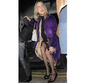 Pregnant Peaches Geldof Shows Off Her Baby Bump In A Black