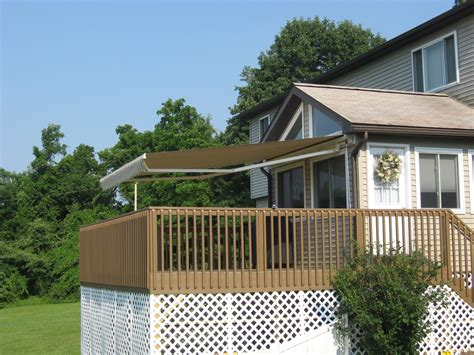 sunbrella retractable awning sunbrella retractable awning 28 images deck awnings
