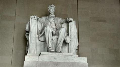 statue of abraham lincoln abe lincoln memorial statue lincoln city picture of