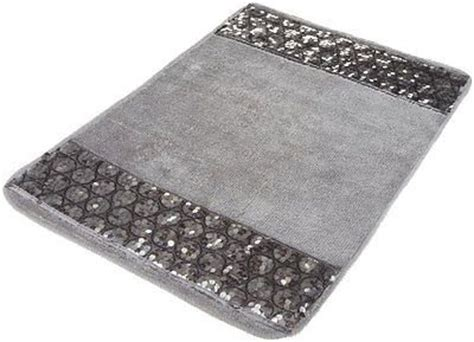 silver bathroom rugs 25 best ideas about bling bathroom on shower