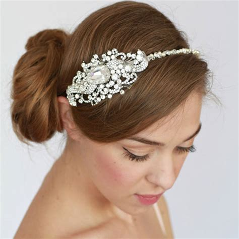 stupendously chic bridal hair accessories for perfect