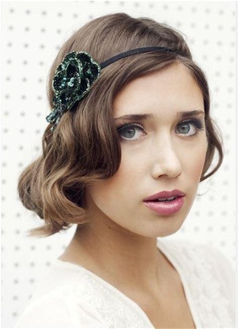 headband hairstyles for medium length hair the faux bob hairstyle with a headband for medium brunette