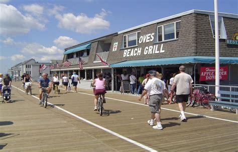 dinner on a boat in atlantic city the 14 best beachfront restaurants in new jersey