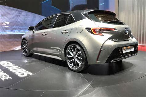toyota motor car new toyota auris uk price specs sale date hybrid