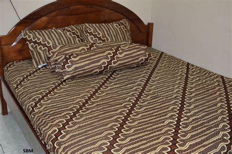 Rivest Batik Jogja 160 X 200 X 20 sprei batik eksklusif parang truntum krem