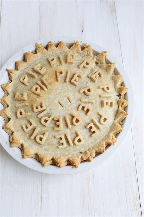decorative apple roses 25 decorative pie crust ideas