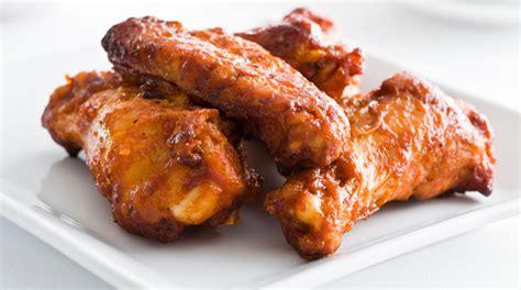 cucinare alette di pollo come cucinare le ali di pollo donna moderna