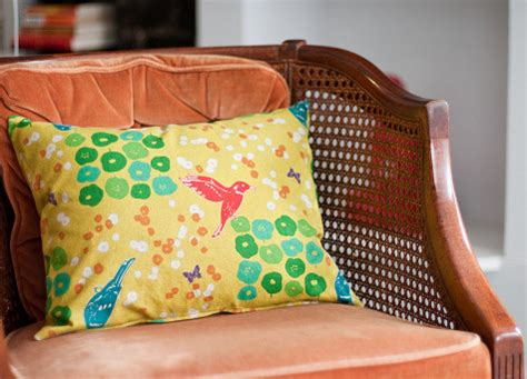 sewing throw pillows sewing 101 zippered throw pillows design sponge