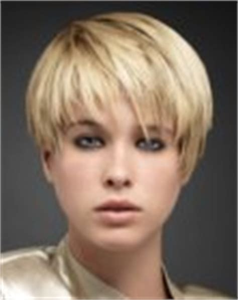 hair above ear photos of short and very short female hairstyles