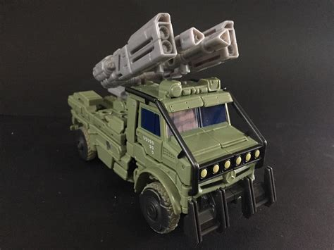 Transfomer Voyager Hound transformers hound voyager from transformers the