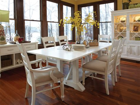 white distressed table and chairs white distressed dining room table and chairs