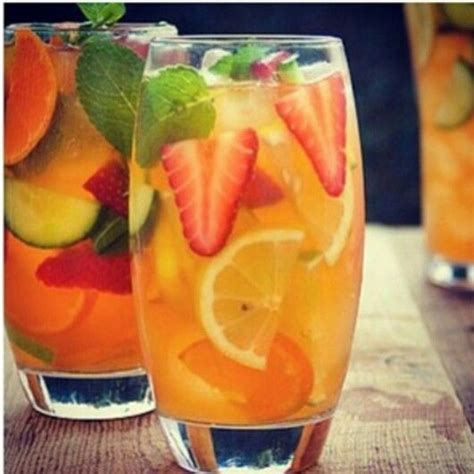Orange And Strawberry Detox Water Benefits by Fruit Infused Water No Recipe But Looks Like Lemon