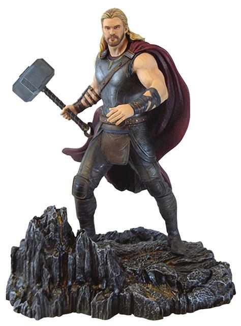 marvel s thor ragnarok the of the dst marvel gallery thor ragnarok statue up for order