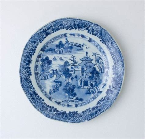 willow pattern plates history plate decorated with willow pattern early 19th century