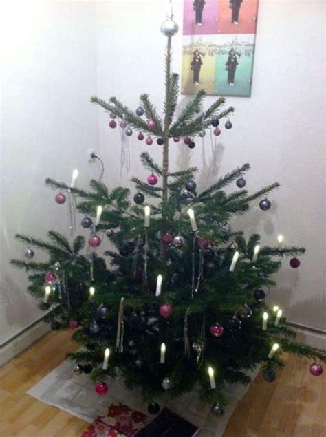 christbaum weihnachtsbaum lizenzfreie fotos bilder