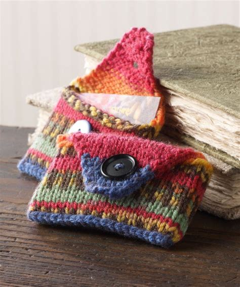 cool knitting ideas great project to use up small yarn scraps how to knit