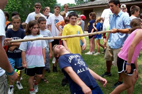 backyard party games cheap indoor and outdoor party games for kids parentmap