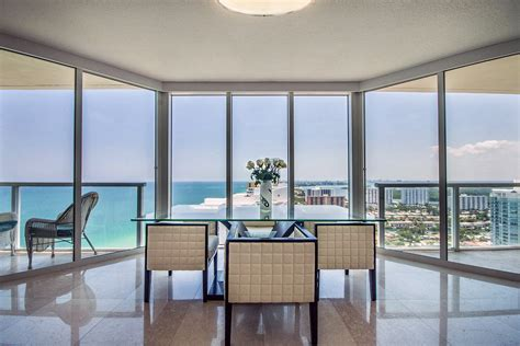 Appartments In Miami by La Perla Miami Apartment