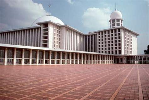 masjid raya istiqlal jakarta indonesia azi achmad