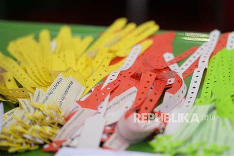 Gelang Palembang agar terpantau calhaj sumsel diberi gelang pendeteksi