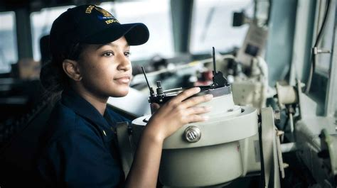 naval surface warfare officer careers swo navy