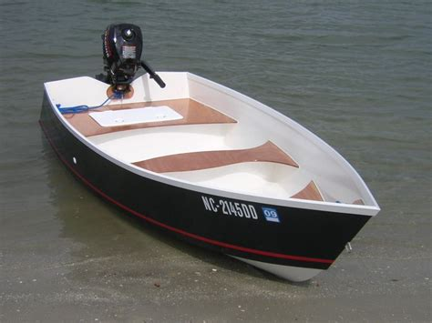 small boat with motor design