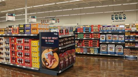 save a lot opens store with new format in dundalk