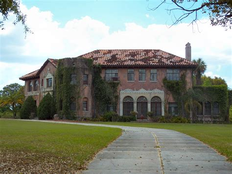 Florida Cracker Houses by Howey Mansion Abandoned Explorers