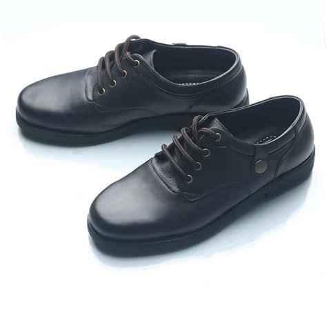 Sepatu Kulit Pria Sepatu Casual Kulitsepatu Pria Everflowdf 412 sepatu pria casual kulit asli sepatu kerja sepatu santai high quality plo 01ht elevenia